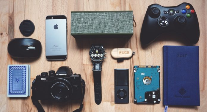 8 Gadgets and Perfect Gifts for Men