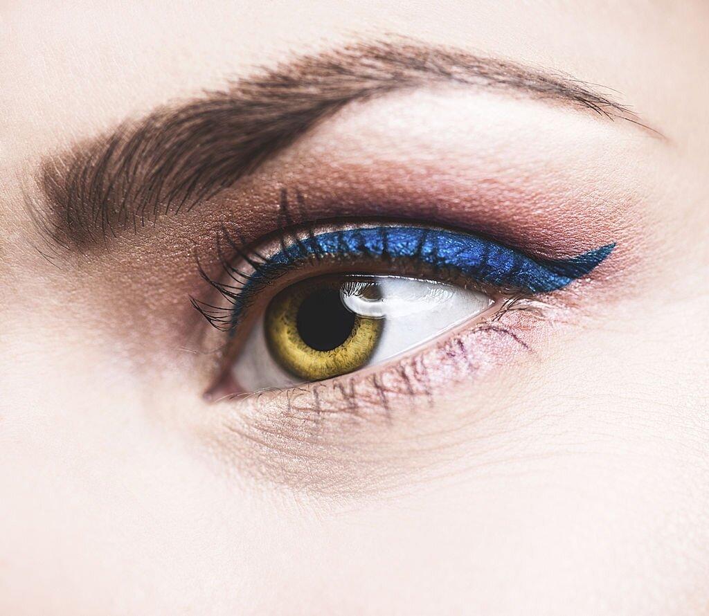 Blue Eyeliner for brown eyes