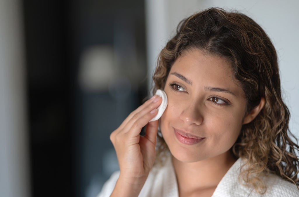 5 tips for Makeup Removal Before Going to Bed
