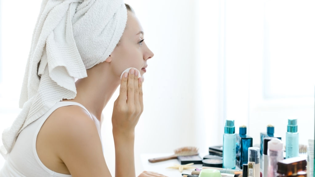 Make-up Remover Wipes Never Hurt