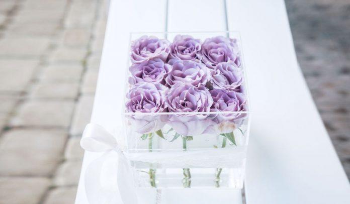 everlasting roses online