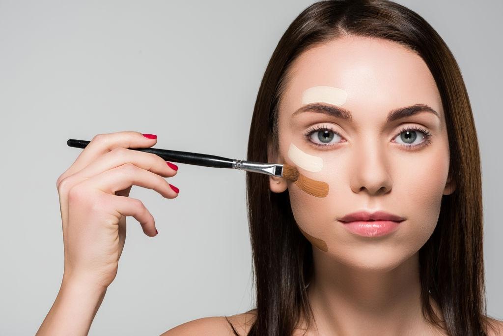 concealer brush for pimples