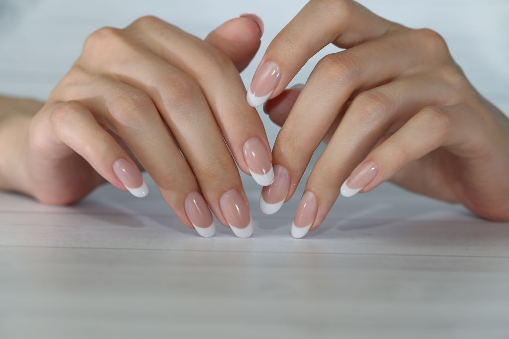 French Manicure safe