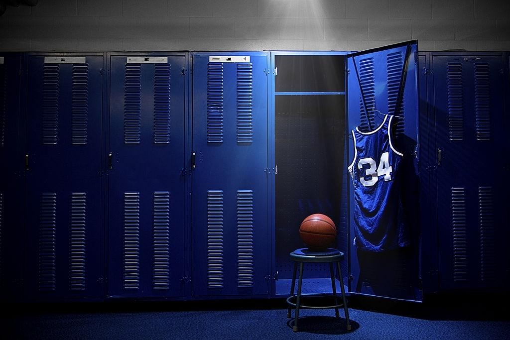 How to Wear Basketball Jerseys