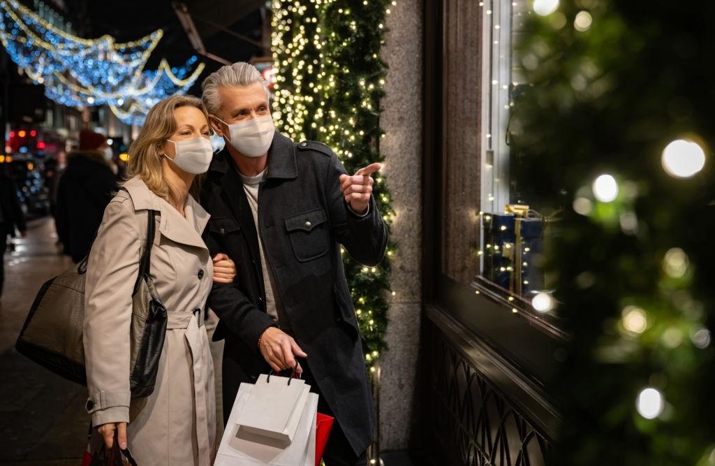 Shopper This Christmas