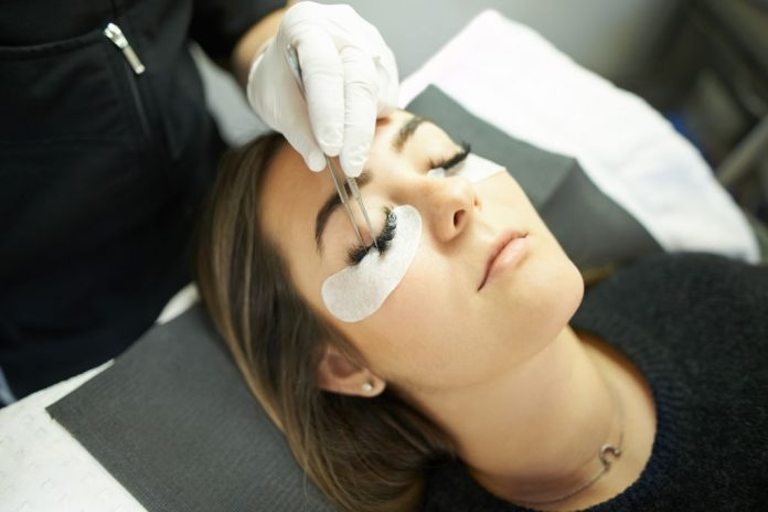 Eyelash Extension Course Brighton