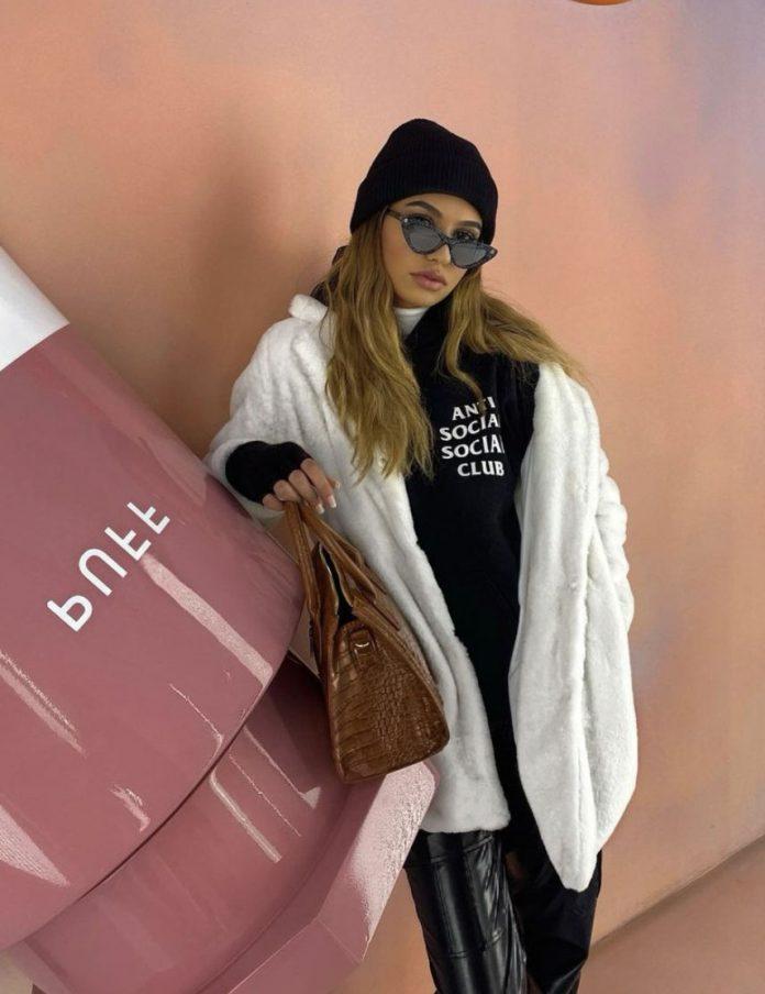 Yasmine Quachar Shares Her Top Style Tips