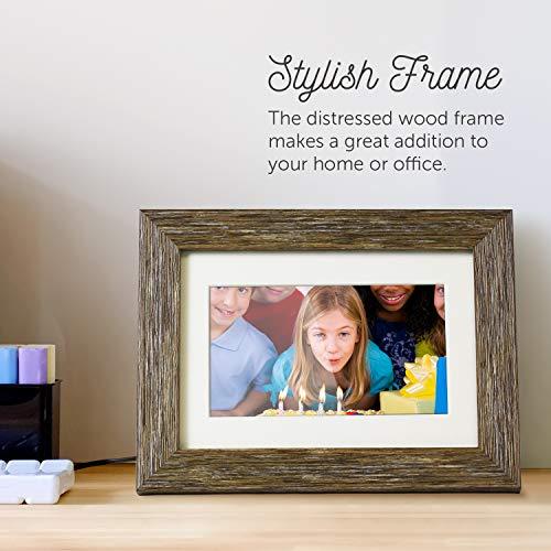 Distressed Wood Digital Photo Frame